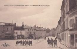 Is-sur-Tille France, Place De La Republique Town Square, Soldiers(?), C1910s Vintage Postcard - Is Sur Tille