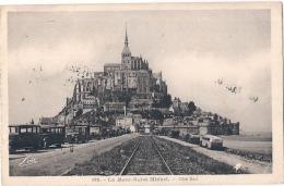 ---- 50 ----  Le Mont Saint Michel  Côté Sud - Vieilles Vpoiturres Et Car De Touristes - TTB écrite - Le Mont Saint Michel