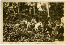 COLOMBIA   CAQUETÀ  Una Commissione In Visita Guidata Da Un Vescovo Missionario A Cavallo  Pontificie Opere Missionarie - Colombia