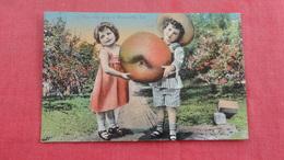 Fantasy Large Apple 2 Children How They Grow In Watsonville Ca  Ref 2696 - Botanik