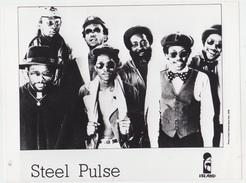 PHOTO PRESSE 18X24 / STEEL PULSE - REGGAE ANGLAIS 1978 - Célébrités