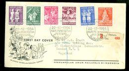 NEDERLANDS-INDIE * FDC UIT 1954 PER R - AANGETEKEND Naar LONDON ENGLAND    (10.653L) - Indonesië