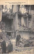 CPA 59 BERGUES BOMBARDEMENT 1915 MAISONS EVENTREES RUE DE LA GARE - Bergues