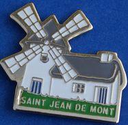 V    165).......ECUSSON... ....SAINT JEAN DE MONTS........ Département De La Vendée, - Cities