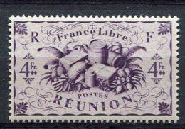 REUNION - Yv. N°  243  *  4f Cote  1,1 Euro   BE  2 Scans - Réunion (1852-1975)