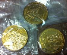 13 MARSEILLE 3 MÉDAILLES TOURISTIQUE ARTHUS BERTRAND 2010 NUMÉROTÉES JETONS MEDALS TOKENS COINS - 2010
