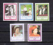 ILE MAURICE (MAURITIUS) - Timbre Poste Année 1986 - N° 629 à 633 (5 Timbres) - Queen ELISABTRH II 60th Birthday - Mauricio (1968-...)