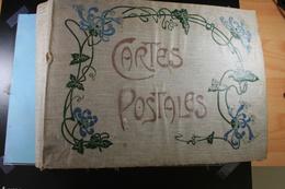 Ancien Album Pour 976 Cartes Postales (122 Pages X 8 Cartes) - Supplies And Equipment
