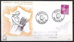 FRANCE 1116 Moissonneuse 05/07/1957 - Non Classés