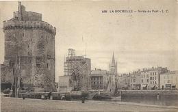 1188. LA ROCHELLE . SORTIE DU PORT . AFFR LE 21-3-1913 AU VERSO . 2 SCANES - La Rochelle