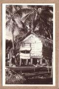 OCEANIE - POLYNESIE FRANCAISE - CARTE PHOTO E. VALENTA , PAPEETE , TAHITI - HOMME , PÊCHEUR , PIROGUE , CASE - Polynésie Française