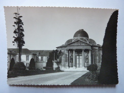 VERSAILLES - Cour D'Honneur Et Façade Lycée Hoche - Versailles