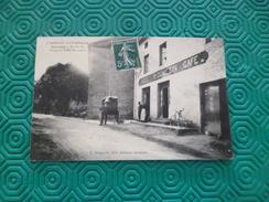 CPA 07 Ardèche Grozon Entrée Du Village Et Hôtel Roumezin  TBE - Autres Communes