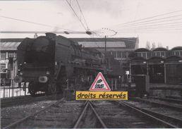 Loco Mikado 141 P Sur Un Pont Tournant, Au Dépôt De Montrouge (92) - - Montrouge