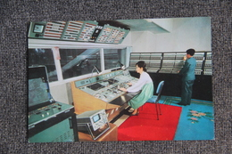 """PYONYANG - Maison De La Culture """" 8 Février """" : Cabinet De Contrôle Des Appareils Optiques Automatisés. - Korea, North"""