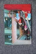 """PYONGYANG - Maison De La Culture """" 8 Février """" : Escalier Roulant - Corée Du Nord"""