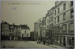 LA PLACE DU GRAND MARTROY - PONTOISE - Pontoise