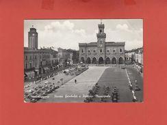 CASALMAGGIORE 1959 PIAZZA GARIBALDI E PALAZZO MUNICIPALE ANIMATISSIMA - Cremona