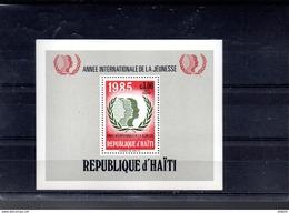 HAITI BLOC 47** SUR L ANNEE INTERNATIONALE DE LA JEUNESSE - Haití