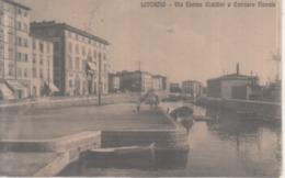 VENDO N.1 CARTOLINA DI LIVORNO CITTA'VIA ENRICO CIALDINI E CANTIERE NAVALE,FORMATO PICCOLO VIAGGIATA NEL 1915 CON FRANCO - Livorno