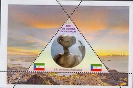 ALIENS FULL SET GUINEA ECUATORIAL  TRIANGULAR STAMP 4 Sheets (Mint NH) - Space