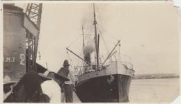 Bâteaux - Photographie - Marine Marchande - Port - Amérique Du Sud ? Chili ? - Pétroliers