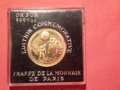 MÉDAILLE PIÈCE EN OR PUR 999% 4.05 Gr MONNAIE DE PARIS LANDING ON THE MOON  ALDRIN ARMSTRONG COLLINS Dia. 21 Mm - Francia