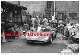 Reproduction D'une Photographie D'une Dino Ferrari 206 Aux 24H Du Mans De 1965 - Reproductions