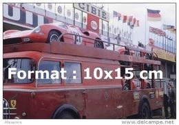 Reproduction D'une Photographie Des Ferrari 250P Sur Leur Camion De Transport 24H Du Mans De 1963 - Reproductions