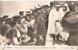 Vichy-le Sultan Moulay Hafid Accompagné De Son Medecin - Vichy