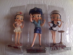 3 Figurines Betty Boop M6 Interactions Agent De Police Femme De Chambre Infirmière - Beeldjes