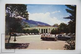 Old Postcard Caracas - Venezuela, Museum Of Fine Arts At The Entrance To Los Cabos - Old Cars - Venezuela