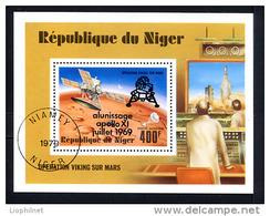 NIGER 1979, VIKING SUR MARS SURCHARGE ALUNISSAGE 1969, 1 Bloc Oblitéré / Used. R177 - Space