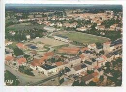 Bellac : Vue Générale Le Stade De Football Et La Piscine - Bellac