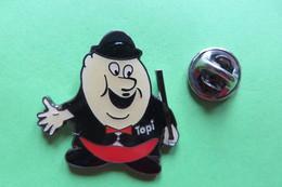 Pin's, TOPI Charlie Chaplin - Badges
