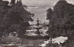 Switzerland Geneve Fontaine Du Jardin Anglais 1956 Photo - GE Genève