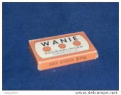 Lames De Rasoir * WANIE * , Boite Contenant 10 Lames (lade 3) - Scheermesjes