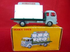 Dinky Toys Années 50/60 D'origine - 33C - Miroitier Simca Cargo Avec Ses 2 Glaces D'origine - Aucun éclat De Peinture - Dinky