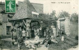 N°55786 -cpa Troo -le Puits Qui Parle- - Otros Municipios