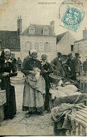 N°55823 -cpa Romorantin -marchande De Porcs- - Farmers