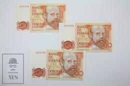 Spain/ España 200 Pesetas/ Ptas Spanish Banknotes, Correlative Trio - Issued 1980 - UNC Quality - [ 4] 1975-… : Juan Carlos I