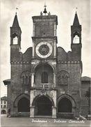 Z4995 Pordenone - Palazzo Comunale / Viaggiata 1957 - Pordenone