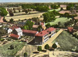 CPSM Dentelée - SAINT-SULPICE-les-FEUILLES (87) - Vue Aérienne Du Quartier De L'Ecole Cours Complémentaire - Années 60 - Saint Sulpice Les Feuilles