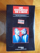 """Coffret Cassettes Vidéo LES GUIGNOLS DE L'INFO N° 7/8 """"Pas De Polémique"""" 1995 - Séries Et Programmes TV"""