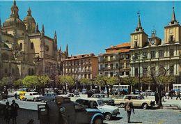 A835 - POSTAL - SEGOVIA - LA CATEDRAL Y PLAZA MAYOR - Segovia