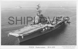Porte-avions FOCH (Marine Nationale) - Carte Photo éditions Marius Bar - Bateau/ship/schiff - Krieg