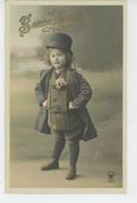 ENFANTS - Jolie Carte Fantaisie Petit Garçon élégant Avec Chapeau - Portraits