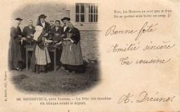 56 RENNEVEUX , Près Vannes - La Fête Des Boudins   On Trique Avant Le Départ (TOP) - Andere Gemeenten