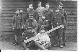 Groupe De Soldats Français Du 2ème Régiment De Zouaves Avec Leurs Prisonniers Allemands 1 Carte Photo 1914-1918 Ww1 1wk - War, Military