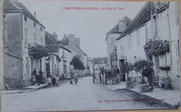 CPA MOUTIERS-ST-JEAN La Rue St Paul - France